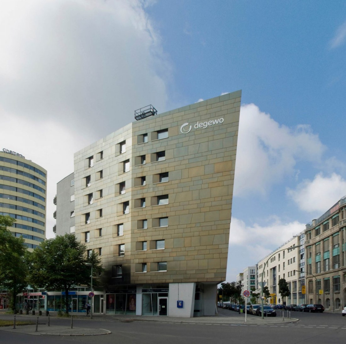 Stresemanstrasse by Zaha Hadid Architects
